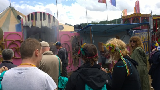 anthr_glasto10